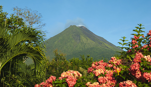 arenal volcano blog size
