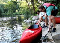 Paddling and portaging on the Milwaukee River
